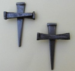 Cross made of 3 nails - no wire